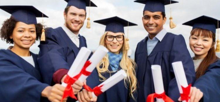 Penentuan Kelulusan Siswa Kelas XII SMK Negeri 3 Kediri Tahun Pelajaran 2019/2020
